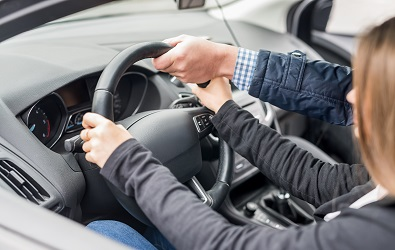 Iznajmljivanje auto dizalica   Fahrschule Zurich